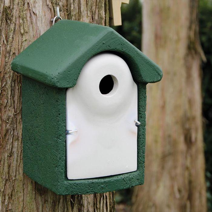 National Trust WoodStone 32mm Nest Box Green